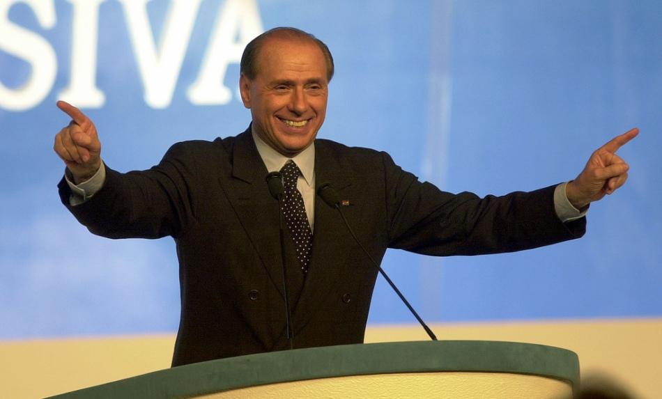 Berlusconi, deporta inmigrantes