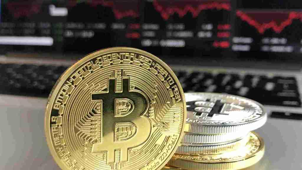 el bitcoin podría ser la moneda única universal